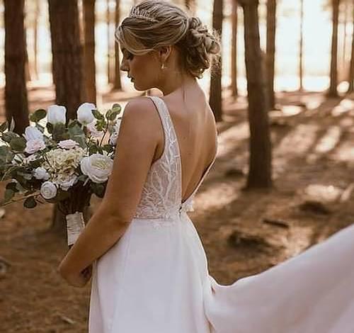 Soft Wedding upstyle hair